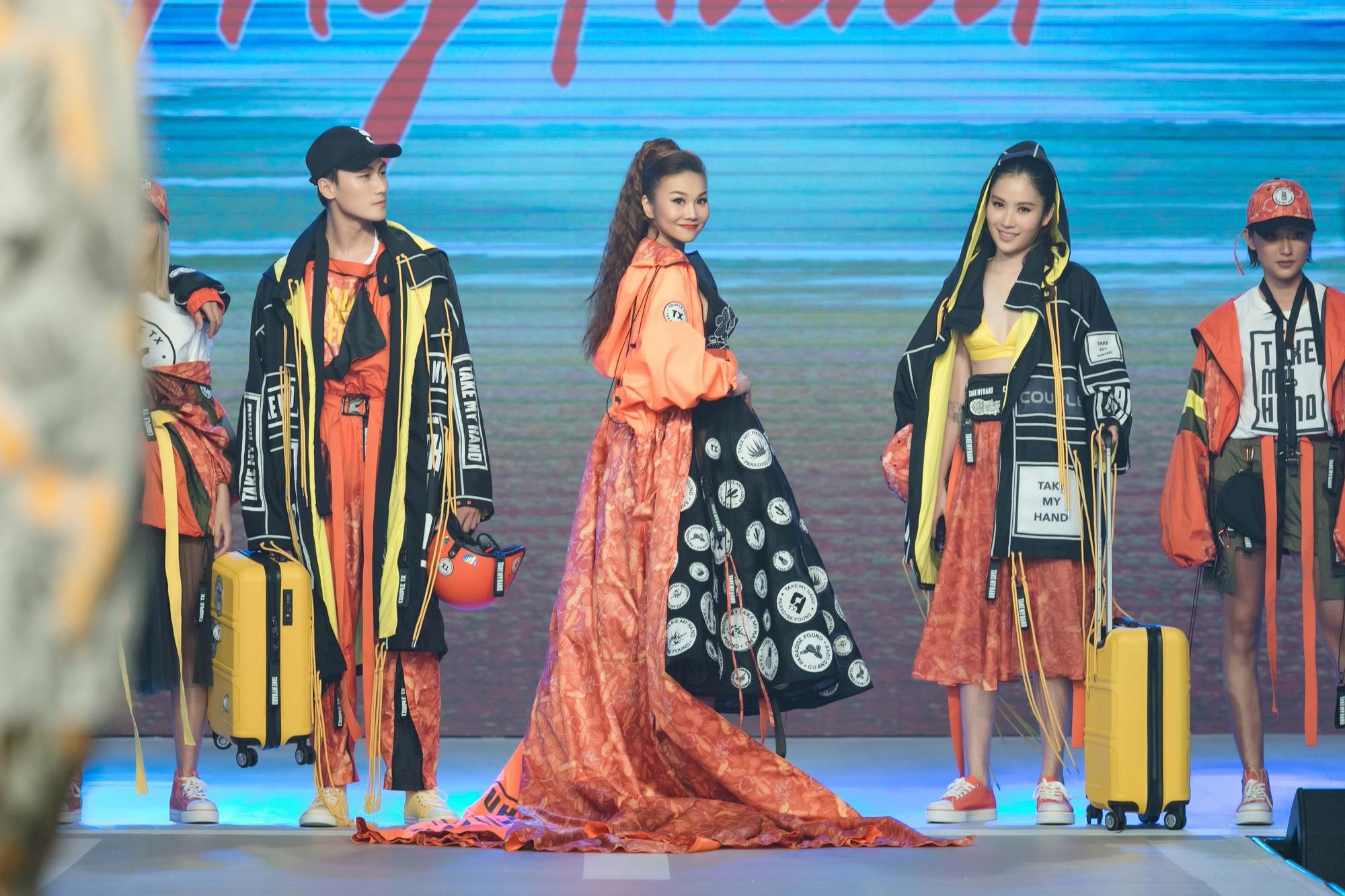 Dàn sao Việt đình đám quy tụ trong fashion show hoành tráng do Thanh Hằng làm vedette - Ảnh 8.