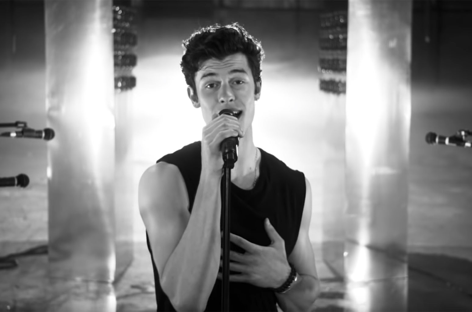 shawn-mendes-if-i-cant-have-you-2019-vid-billboard-1548-1558009914305116974877.jpg