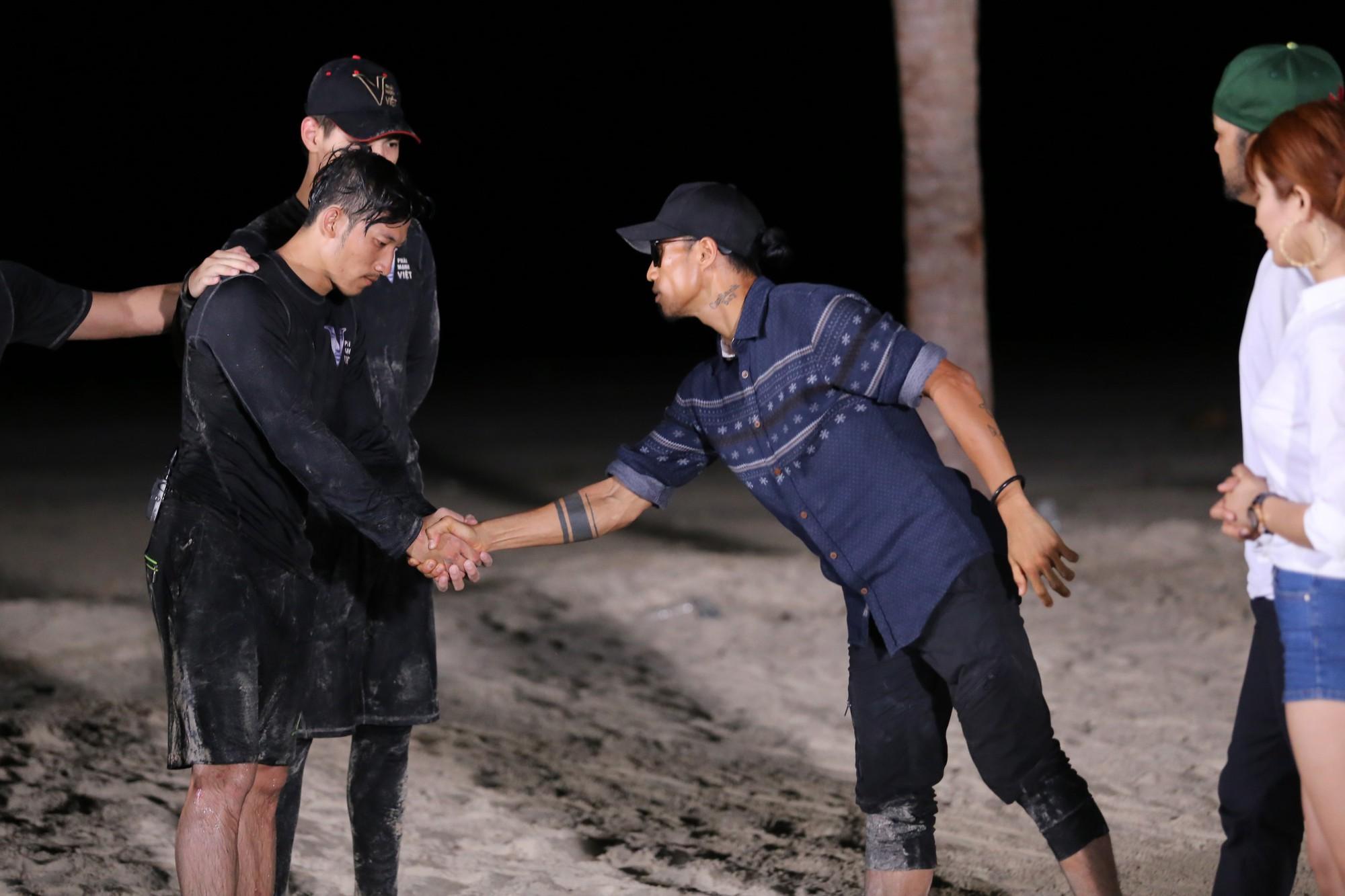 Dàn trai đẹp 6 múi Phái mạnh Việt: Đại náo Running Man, gây sốt Người ấy là ai - Ảnh 12.
