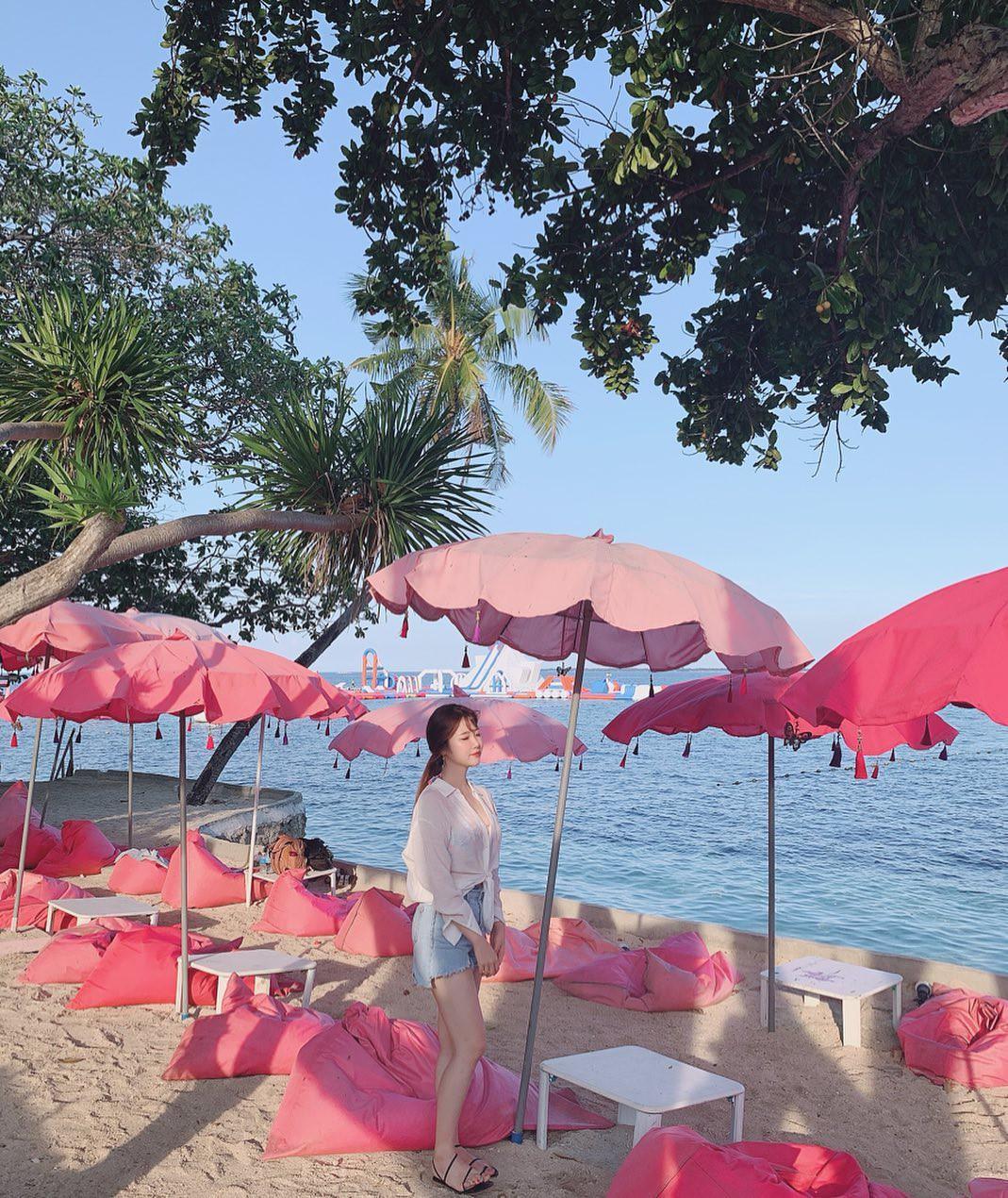 Ngất lịm với hàng trăm góc sống ảo xịn xò tại công viên phao nổi 7 sắc cầu vồng nổi tiếng nhất Philippines - Ảnh 18.