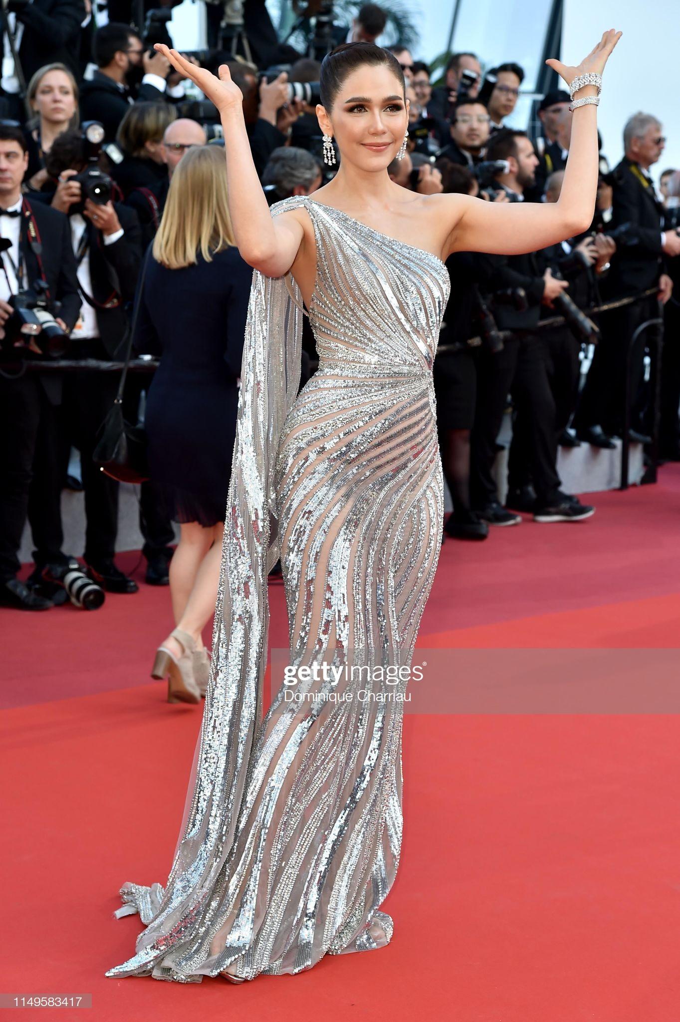 Thảm đỏ Cannes ngày 3: HLV The Face Thái Lan bất ngờ vùng lên chặt chém Bella Hadid cùng dàn mỹ nhân váy xẻ - Ảnh 18.