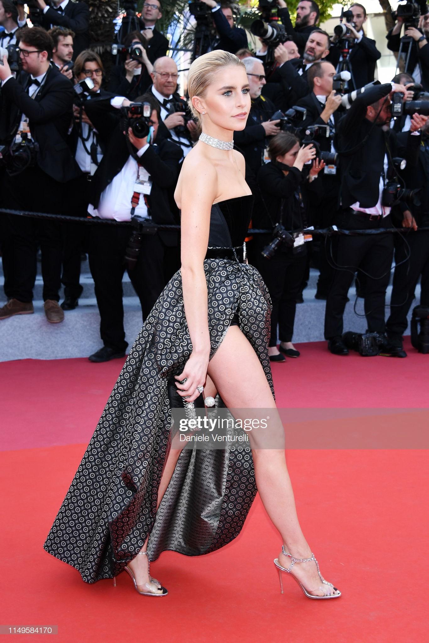 Thảm đỏ Cannes ngày 3: HLV The Face Thái Lan bất ngờ vùng lên chặt chém Bella Hadid cùng dàn mỹ nhân váy xẻ - Ảnh 28.
