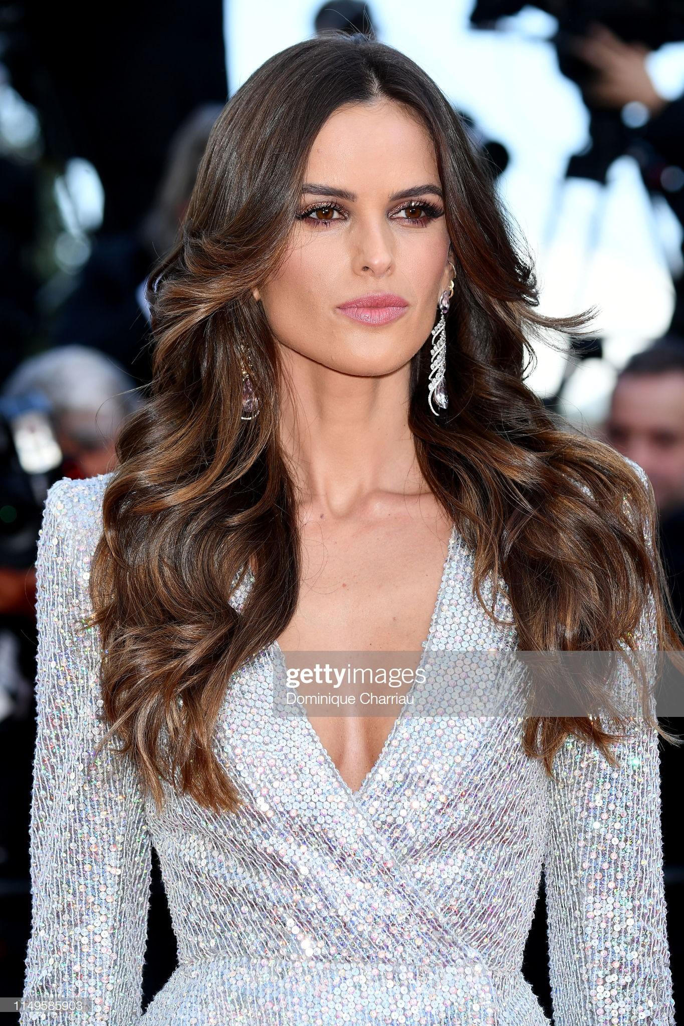 Thảm đỏ Cannes ngày 3: HLV The Face Thái Lan bất ngờ vùng lên chặt chém Bella Hadid cùng dàn mỹ nhân váy xẻ - Ảnh 7.