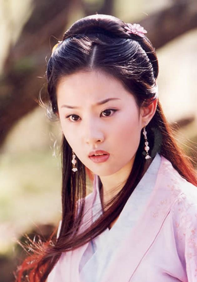 9 phim châu Á có cảnh nóng chưa đủ tuổi gây tranh cãi: Lưu Diệc Phi mới 16 tuổi, sao nhí Kim So Hyun chỉ vừa 13 - Ảnh 8.