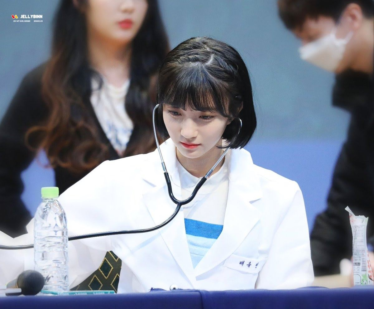When You Meet A Doctor Like This Great Kpop Idol Group Everyone Wants To Go To The Hospital Every Day To See Similar Health