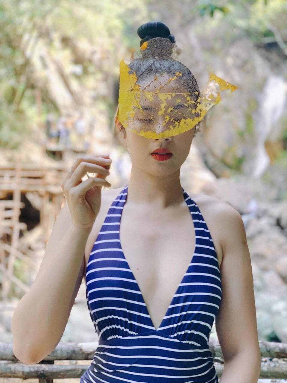 Hiếm hoi thấy Ngọc Hân diện áo tắm khoe body nóng bỏng sau 9 năm đăng quang Hoa hậu Việt Nam - Ảnh 2.