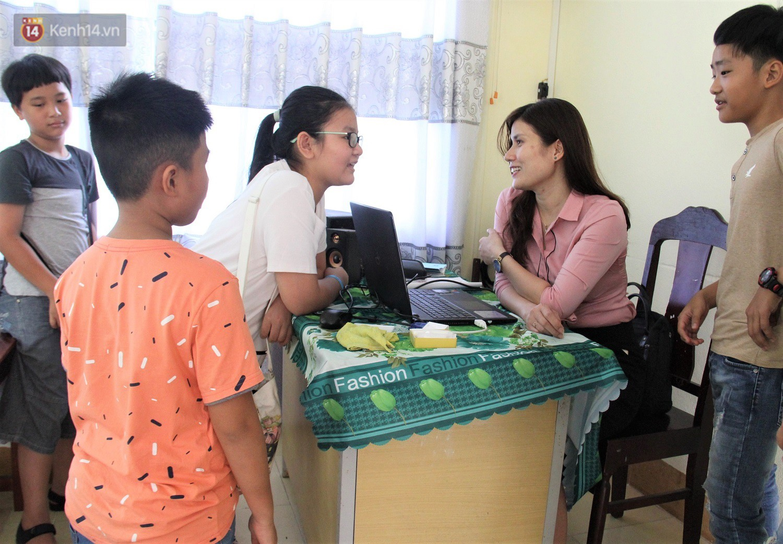 Chuyện của má Loan - Cô hiệu phó mở lớp dạy chống xâm hại tình dục miễn phí vào mỗi sáng Chủ nhật ở Đà Nẵng - Ảnh 8.