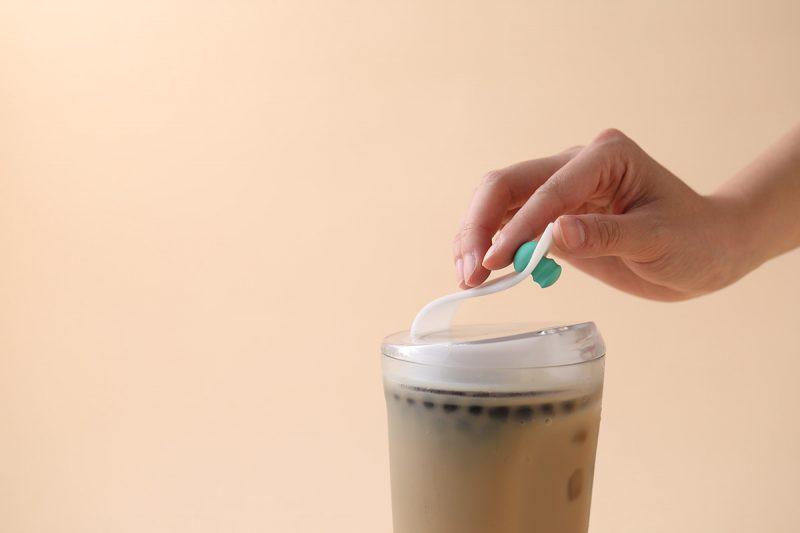 Phát minh ly uống trà sữa trân châu không cần ống hút hứa hẹn sẽ thay đổi cuộc đời bạn - Ảnh 4.
