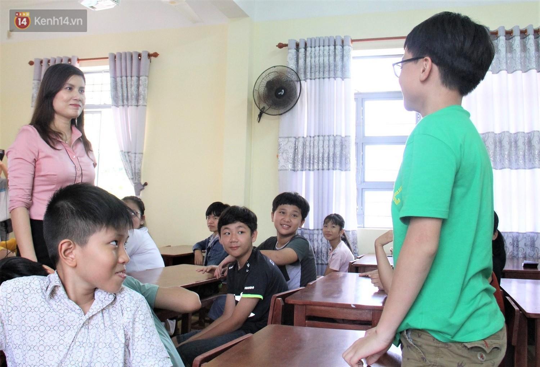 Chuyện của má Loan - Cô hiệu phó mở lớp dạy chống xâm hại tình dục miễn phí vào mỗi sáng Chủ nhật ở Đà Nẵng - Ảnh 6.