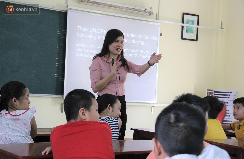 Chuyện của má Loan - Cô hiệu phó mở lớp dạy chống xâm hại tình dục miễn phí vào mỗi sáng Chủ nhật ở Đà Nẵng - Ảnh 5.