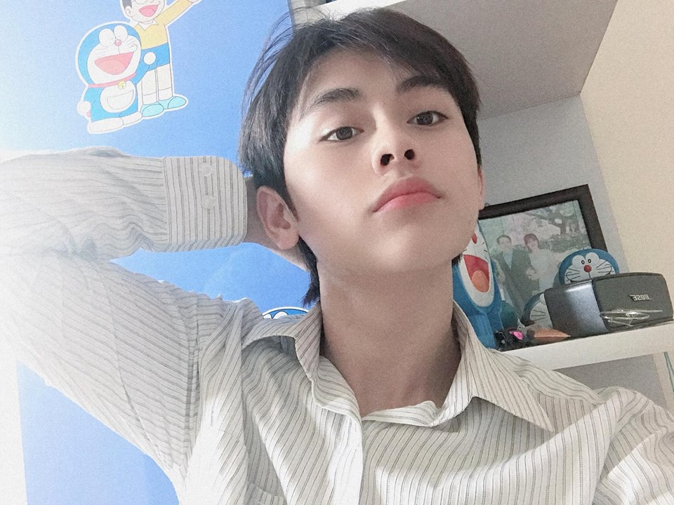 Trai đẹp cuồng Doraemon, profile phải ghi chú thích con gái vì lí do này - Ảnh 5.