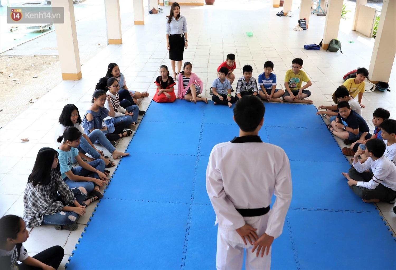 Chuyện của má Loan - Cô hiệu phó mở lớp dạy chống xâm hại tình dục miễn phí vào mỗi sáng Chủ nhật ở Đà Nẵng - Ảnh 9.