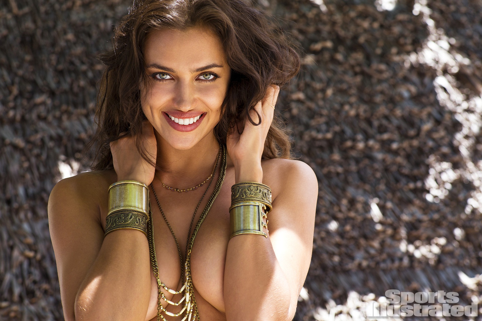 irina-shayk-2014-photo-sports-illustrated-1194141231-15582503222811190628114.jpg