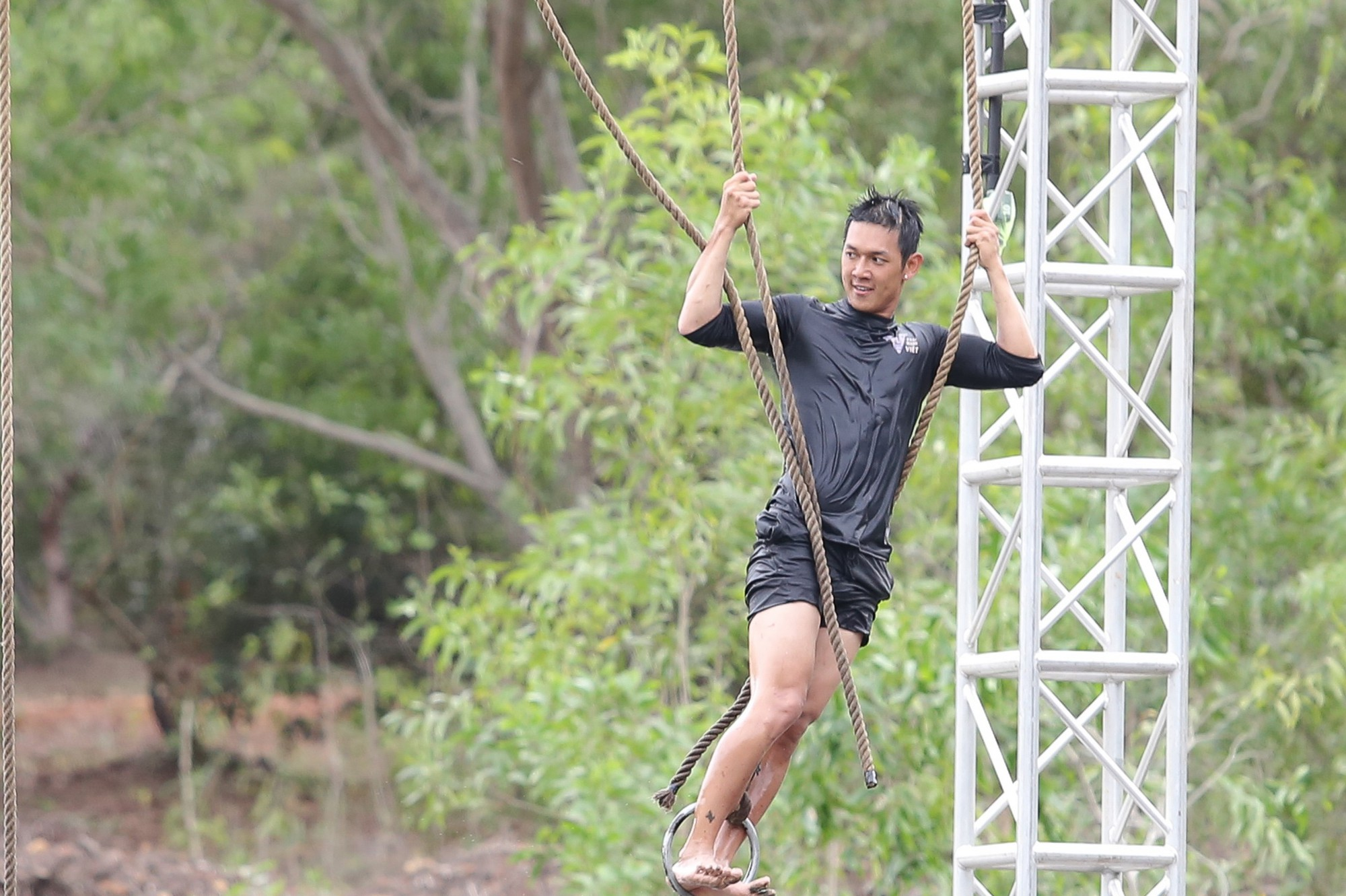 Dàn trai đẹp 6 múi Phái mạnh Việt: Đại náo Running Man, gây sốt Người ấy là ai - Ảnh 7.