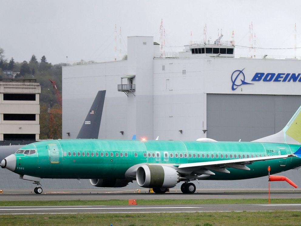 Boeing lần đầu thừa nhận lỗi phần mềm dòng máy bay 737 MAX - Ảnh 1.