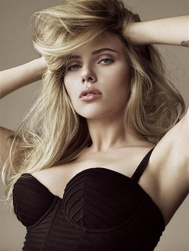 Góa phụ đen Scarlett Johansson: Biểu tượng sex của Hollywood nhưng vẫn thất bại sau 2 cuộc hôn nhân ngắn ngủi - Ảnh 1.