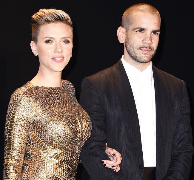 Góa phụ đen Scarlett Johansson: Biểu tượng sex của Hollywood nhưng vẫn thất bại sau 2 cuộc hôn nhân ngắn ngủi - Ảnh 10.