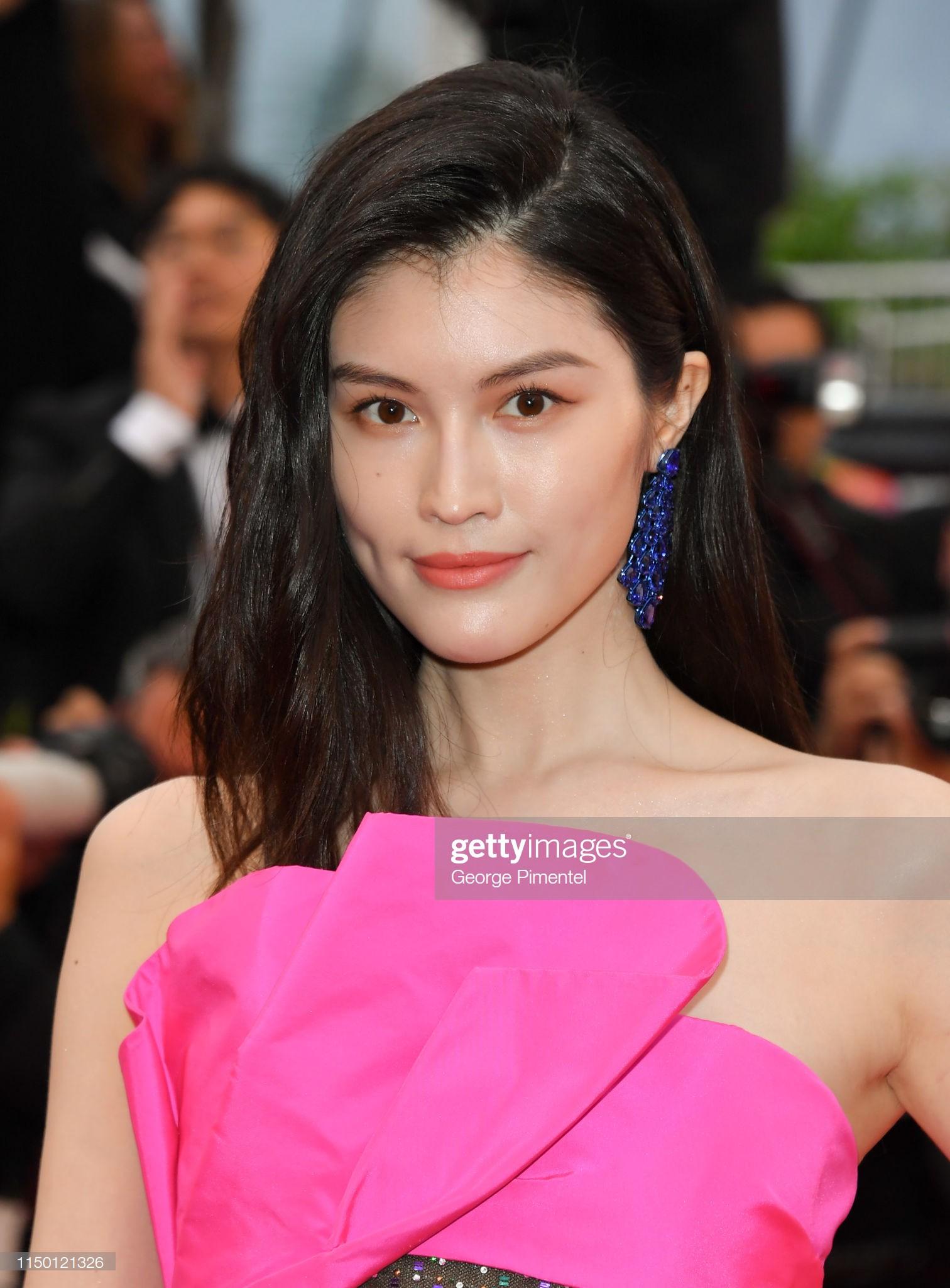 2 thái cực của 2 chân dài Victorias Secret Trung Quốc tại Cannes: Ming Xi như công chúa, Sui He phô phang đến bức người - Ảnh 9.