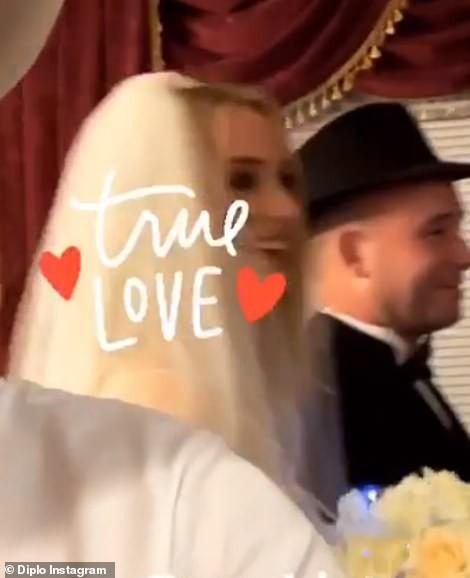 Tổ chức hôn lễ ngay sau Billboard Music Awards, cặp đôi cưới thần tốc nhất Hollywood gọi tên Joe Jonas - Sophie Turner - Ảnh 1.