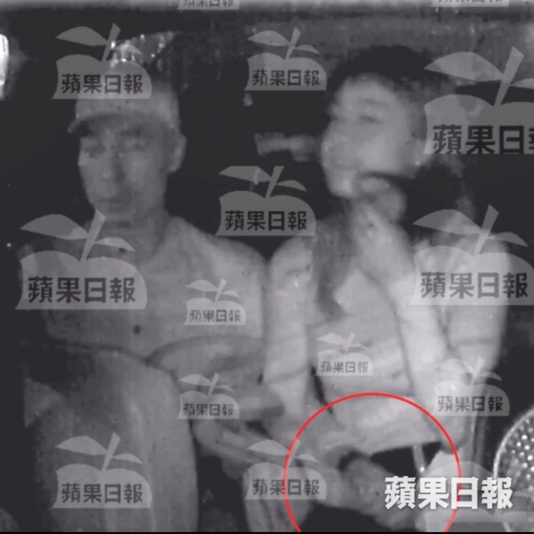 Cuộc tẩy chay tiểu tam lớn nhất lịch sử showbiz Hong Kong: Á hậu tiêu tan sự nghiệp trong chớp mắt! - Ảnh 2.