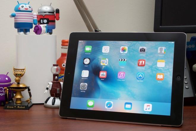 Sản phẩm cuối cùng Steve Jobs giới thiệu trước khi qua đời bị Apple đưa vào danh sách lỗi thời - Ảnh 1.