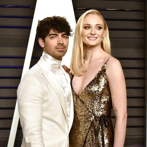 Tổ chức hôn lễ ngay sau Billboard Music Awards, cặp đôi cưới thần tốc nhất Hollywood gọi tên Joe Jonas - Sophie Turner - Ảnh 5.