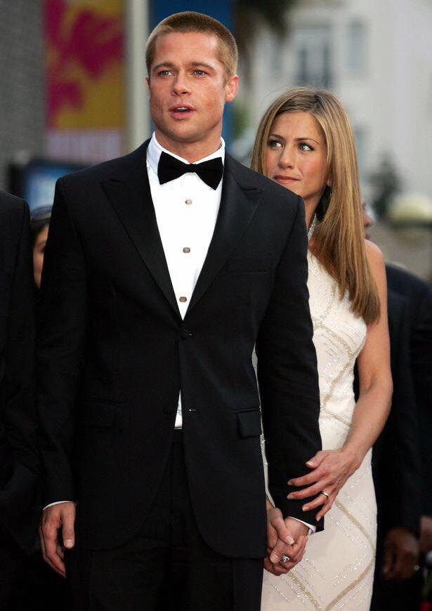 Món quà sinh nhật khủng Brad Pitt tặng cho Jennifer Aniston được tiết lộ, Angelina Jolie nghe thấy có xót xa? - Ảnh 2.
