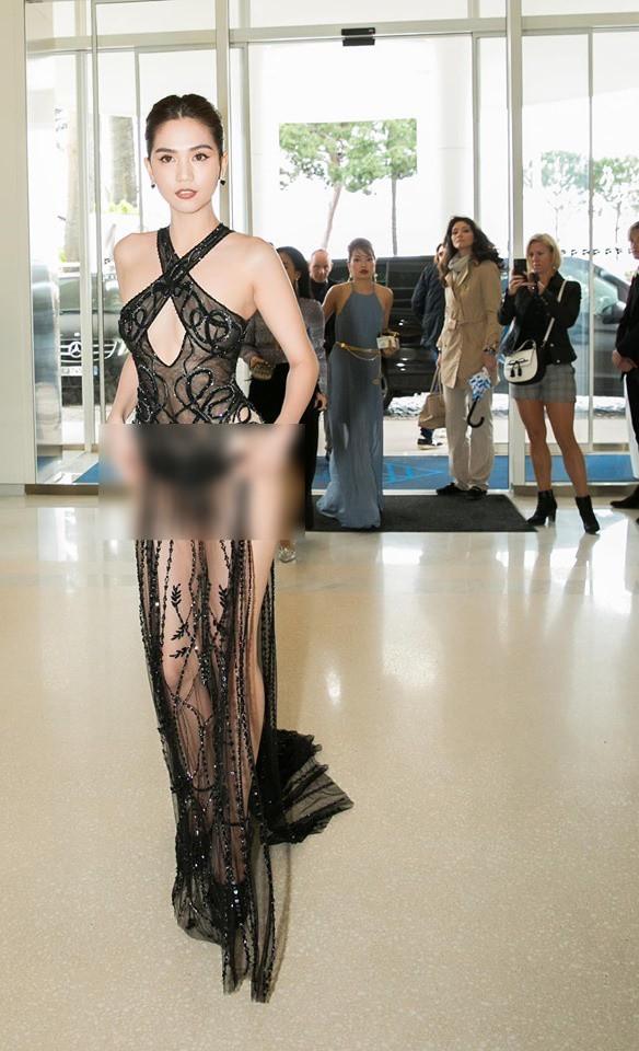 Đọ nhan sắc của Ngọc Trinh trên thảm đỏ Cannes khi chưa và đã qua phù thuỷ photoshop - Ảnh 1.