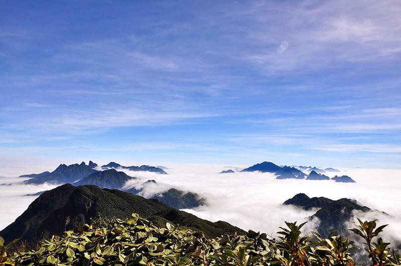 Đỉnh Putaleng vừa ra thông báo cấm du khách trekking khi chưa xin giấy phép - Ảnh 2.