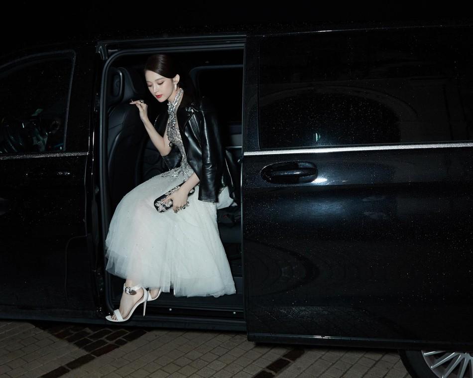 Mỹ nhân bị nhầm với Ngọc Trinh: Nàng công chúa Hoa ngữ đẹp ná thở tại Cannes bất chấp ảnh không photoshop - Ảnh 10.