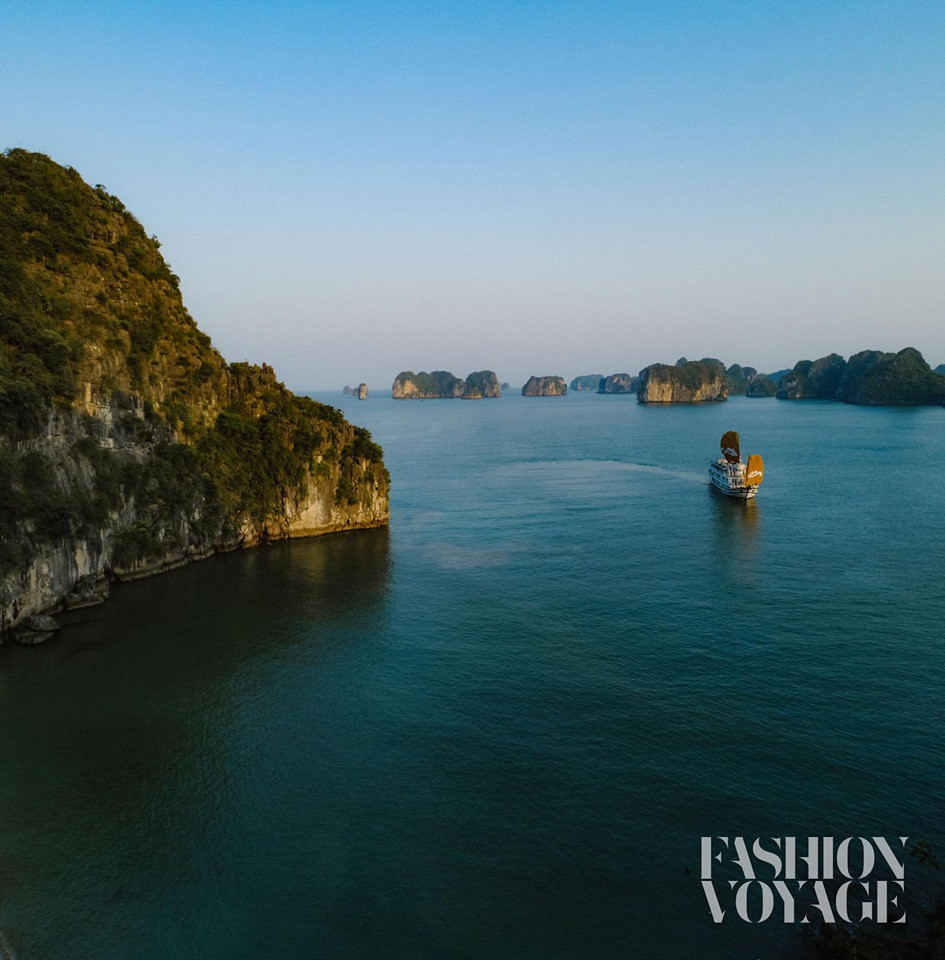 Khám phá hòn đảo mới toanh ở Hạ Long vừa diễn ra fashion show đình đám: Lên hình đẹp đến choáng ngợp, mất 2,5 tiếng để di chuyển bằng tàu! - Ảnh 11.