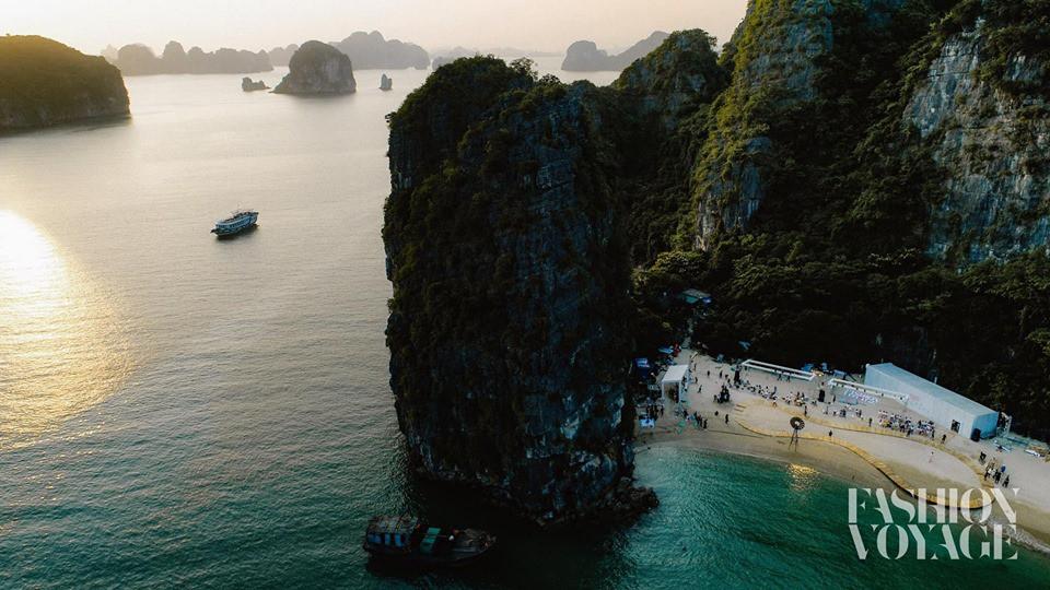 Khám phá hòn đảo mới toanh ở Hạ Long vừa diễn ra fashion show đình đám: Lên hình đẹp đến choáng ngợp, mất 2,5 tiếng để di chuyển bằng tàu! - Ảnh 9.