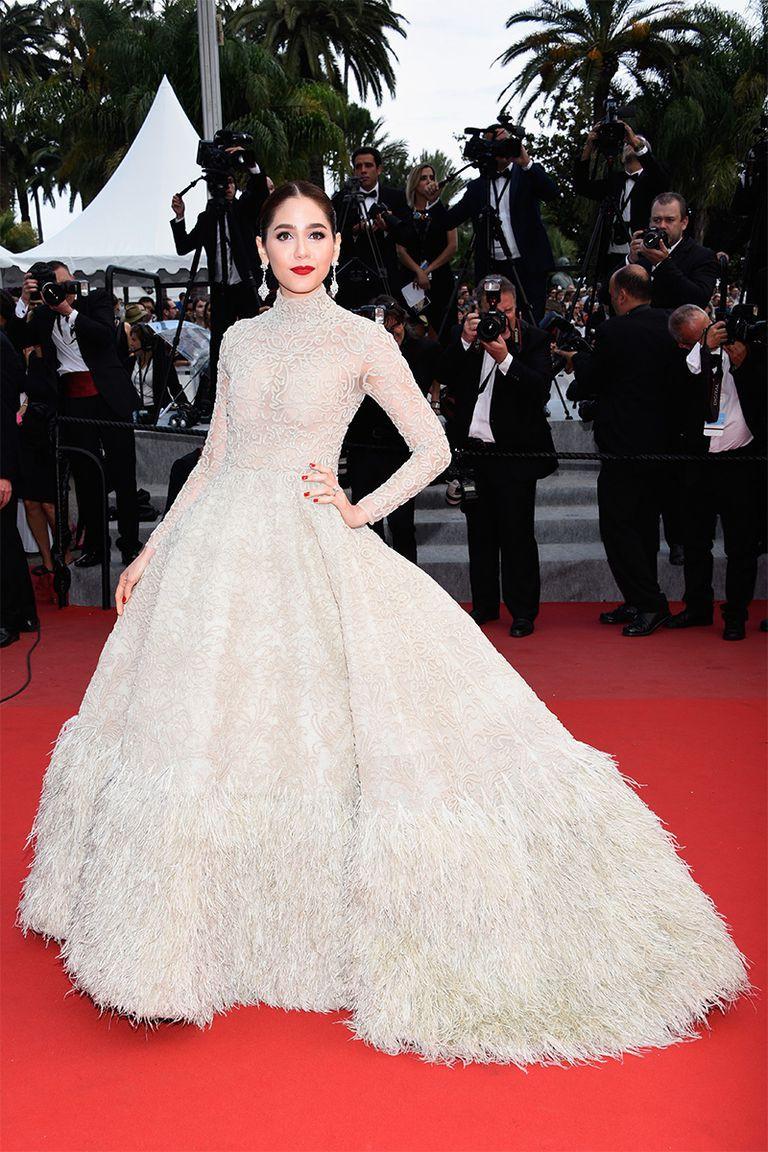 30 màn thả dáng có thần thái đi vào huyền thoại Cannes: Không cần trò vạch, phơi lồng lộn vẫn chiếm trọn spotlight! - Ảnh 17.