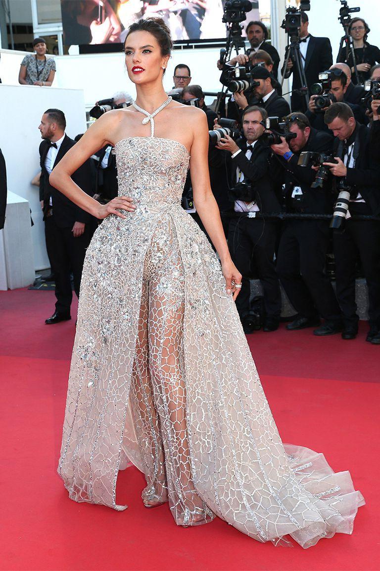 30 màn thả dáng có thần thái đi vào huyền thoại Cannes: Không cần trò vạch, phơi lồng lộn vẫn chiếm trọn spotlight! - Ảnh 21.