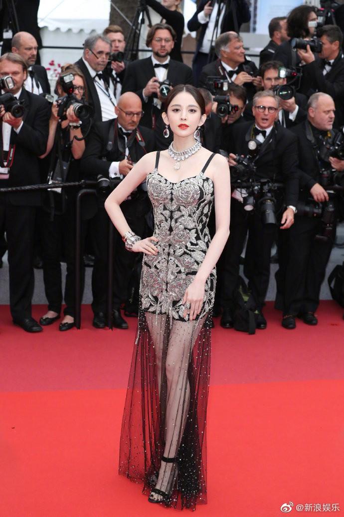 3 cấp độ quyền lực thảm đỏ ở Cannes: Phạm Băng Băng mới chỉ hạng VIP, còn Ngọc Trinh hạng chíp chíp? - Ảnh 11.