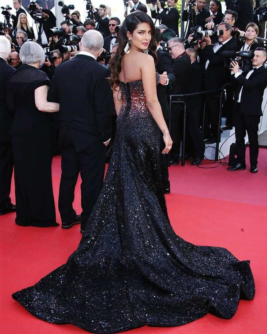 30 màn thả dáng có thần thái đi vào huyền thoại Cannes: Không cần trò vạch, phơi lồng lộn vẫn chiếm trọn spotlight! - Ảnh 30.
