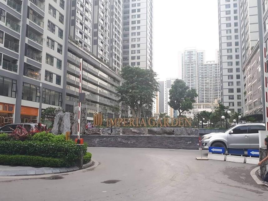 Nghi vấn người nước ngoài sàm sỡ cư dân trong thang máy ở Hà Nội - Ảnh 1.