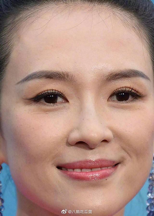Tá hỏa làn da của dàn mỹ nhân Cbiz dự Cannes: Quan Hiểu Đồng dừ như Chương Tử Di, nhân vật thứ 6 gây sốc nhất - Ảnh 1.