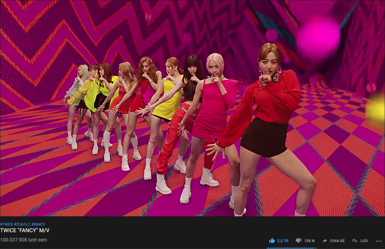 Vượt cả BIGBANG và EXO, TWICE chính thức trở thành nữ vương YouTube chỉ xếp sau BTS - Ảnh 1.