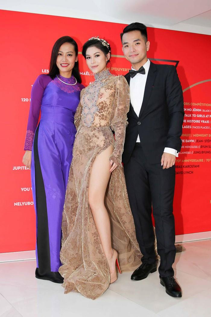 Sao Việt đến Cannes qua các mùa: Người vinh dự có tác phẩm, kẻ tơ hơ không ai biết xuất hiện để làm gì - Ảnh 24.