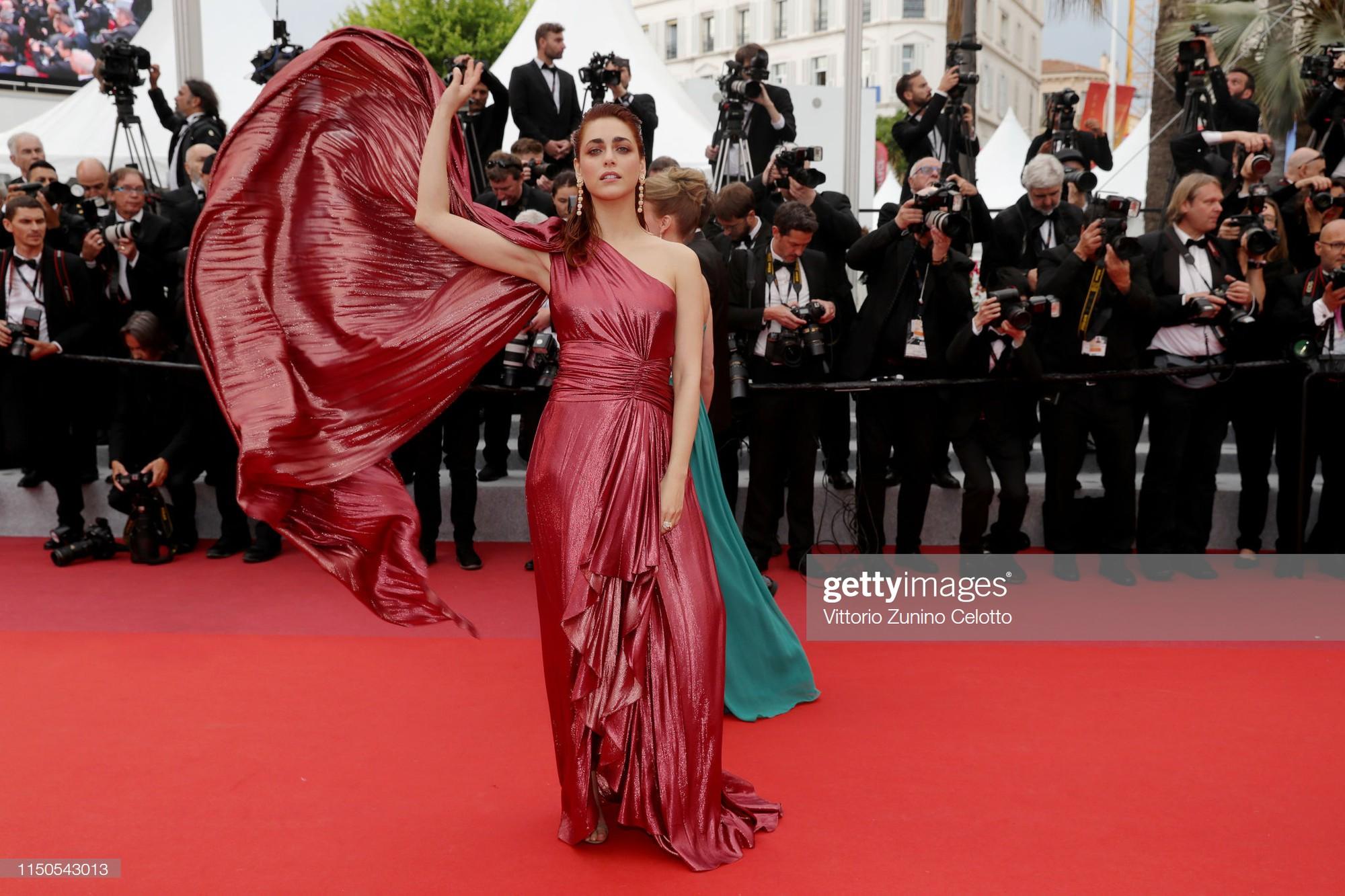 Cannes ngày 6: Chương Tử Di thần thái ngút ngàn, Hoa hậu đẹp nhất mọi thời đại đè bẹp loạt mỹ nhân Hollywood - Ảnh 12.