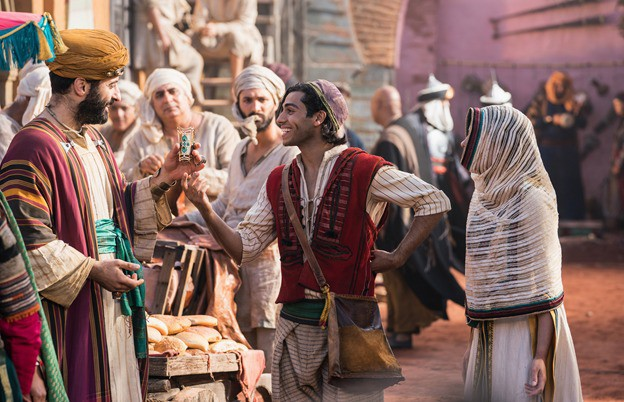 Aladdin bản người đóng 2019 hoành tráng đến choáng ngợp nhưng không dành cho tất cả - Ảnh 1.