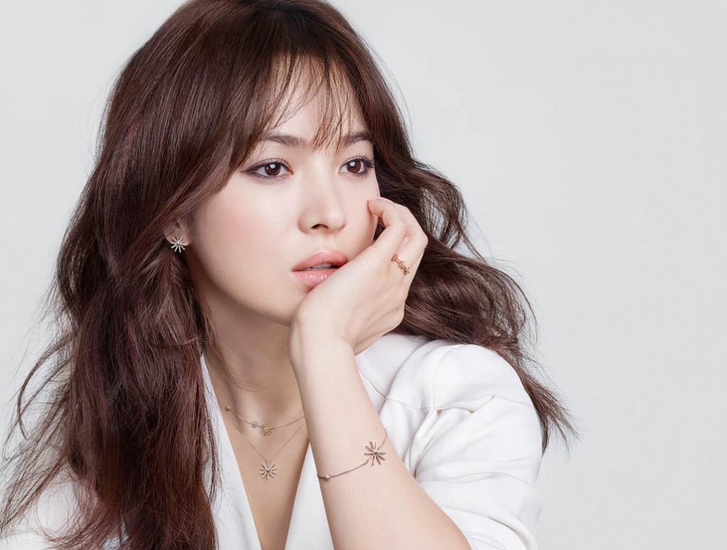 Khiến triệu người mê mẩn vì đẹp tựa nữ thần, nhan sắc ngoài đời của Song Hye Kyo trong mắt trẻ con ra sao? - Ảnh 4.