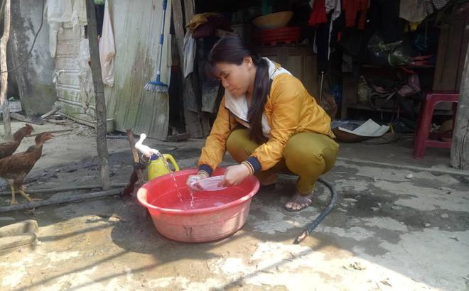 Kỳ lạ người phụ nữ cứ ăn cơm là ói ra máu, chỉ uống nước đá suốt 7 năm nay - Ảnh 1.