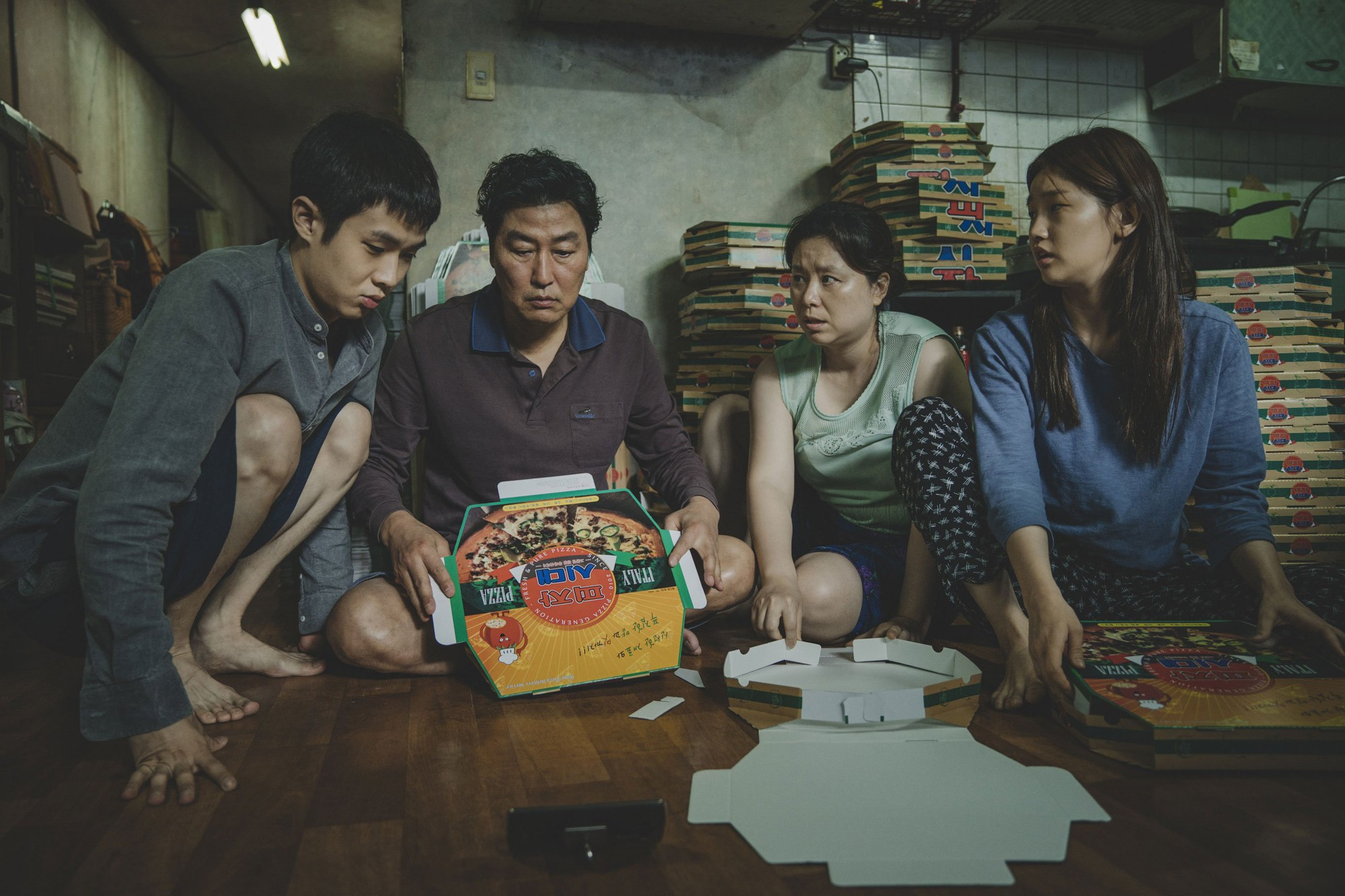 """[K-Movie]: """"Parasite"""" received an explosive reaction at Cannes 2019"""
