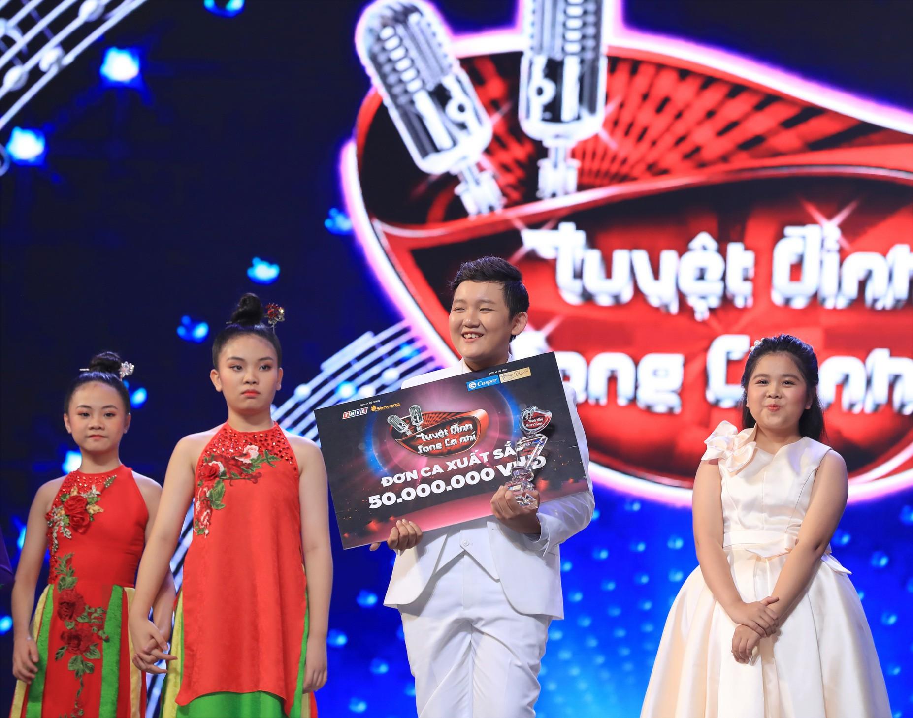 Tuyệt đỉnh song ca nhí 2019 kết thúc với chiến thắng của đội Hồ Việt Trung - Diệu Nhi - Ảnh 5.