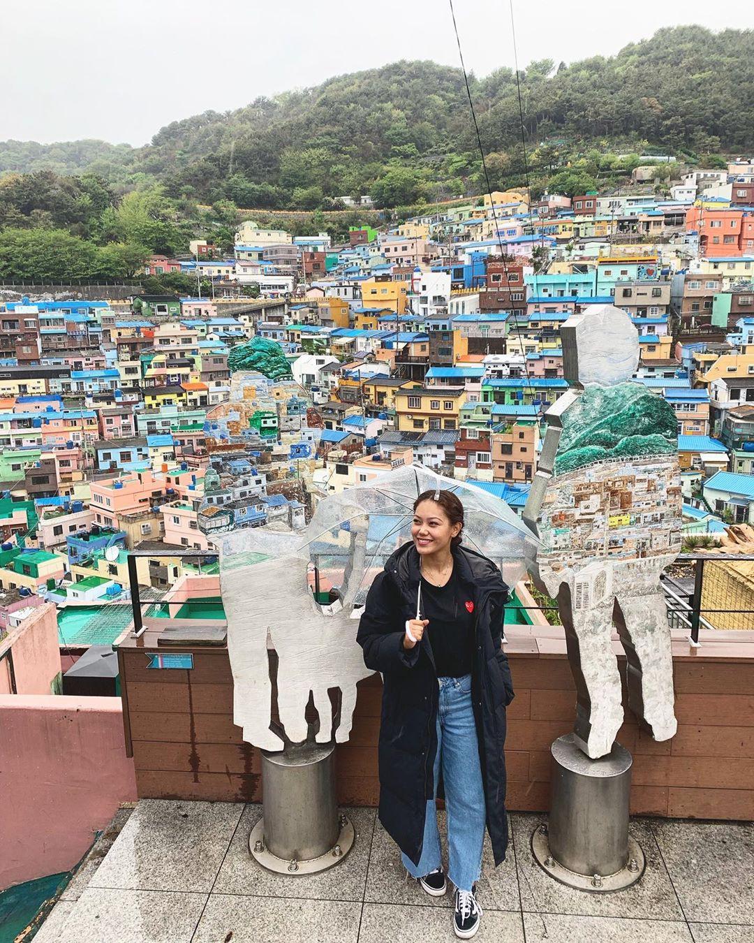 Làng cổ Gamcheon: Từ một khu ổ chuột trở thành Santorini của Hàn Quốc - Ảnh 12.