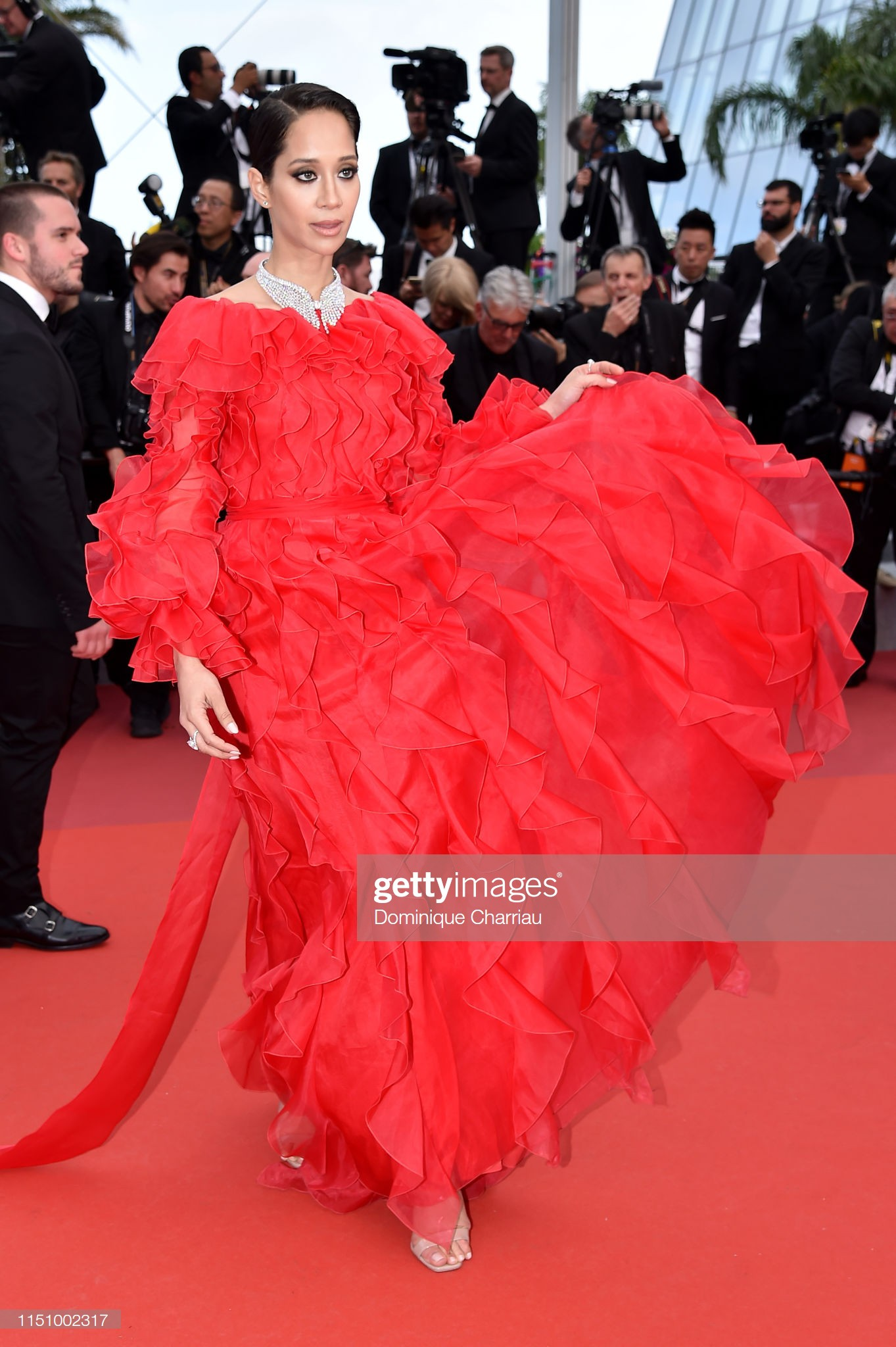 Cannes ngày 8: Mỹ nhân Ý khoe vòng 1 nhức mắt, dàn người mẫu Hollywood tung chiêu hết cỡ tại thảm đỏ - Ảnh 18.