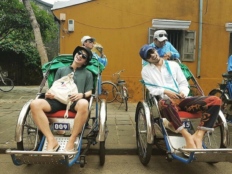 """Mách ngay """"tất tần tật"""" địa điểm mà loạt sao Hàn đã ghé khi đến Đà Nẵng nếu các fan muốn có """"cheap moment"""" với Idol - Ảnh 15."""