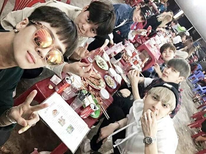 """Mách ngay """"tất tần tật"""" địa điểm mà loạt sao Hàn đã ghé khi đến Đà Nẵng nếu các fan muốn có """"cheap moment"""" với Idol - Ảnh 36."""